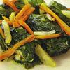 Sarmalute cu peste in foi de salata verde
