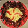 Tochitura cu salata de rosii