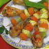 Ciocanele de pui cu garnitura de frigarui dietetice de legume