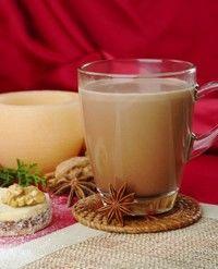 Lapte de nuci cu cacao şi cuişoare