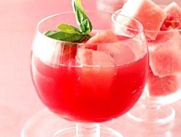 Cocktail cu pepene roşu