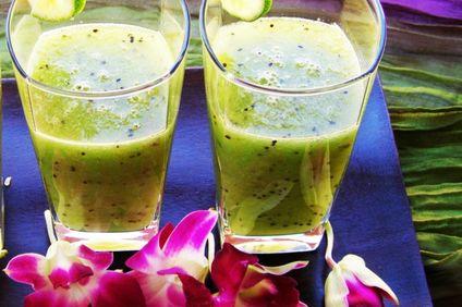 Desert: Shake de fructe cu Musli