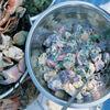 Reteta lui Jamie Oliver: Salata de cartofi rosii