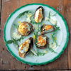 Reteta lui Jamie Oliver: Ciupercute la cuptor, umplute cu branza ricotta