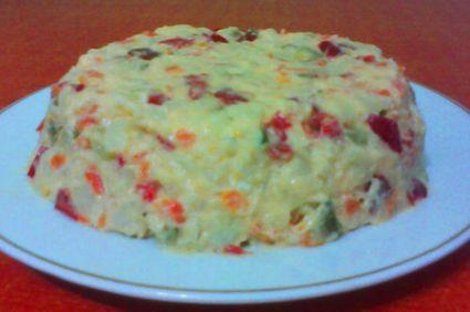 Salata de legume si parizer de pui cu maioneza