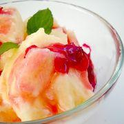 Îngheţată de pepene galben cu dulceaţă de trandafiri