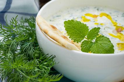 Salată fresh de castraveţi şi iaurt