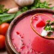 Supă cremă de sfeclă roşie cu cartofi