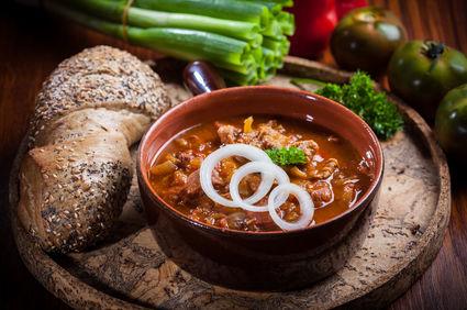 Supă gulaş ungurească