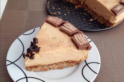 Cheesecake fără coacere cu mascarpone şi dulce de leche