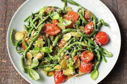 Paste toscane din spanac cu dovlecel şi roşii. O reţetă Jamie Oliver
