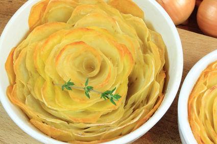 Trandafiri din cartofi cu parmezan şi cimbru