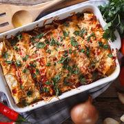 Enchilada de pui, un preparat mexican delicios