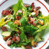 Salata cu bacon si verdeturi