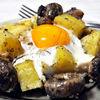 Cartofi la cuptor, cu ciuperci si oua