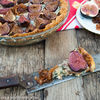 Tarta cu smochine, branza cu mucegai si ceapa caramelizata (Tart with blue cheese, figs and caramelized onions)