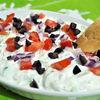 Salata de castraveti cu iaurt, branza feta si menta