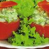 Rosii umplute cu salata de castraveti