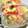 Salata italiana cu paste, mortadella, capere si sos de mustar
