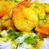 Curry de creveti cu sos de alune si usturoi