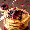 Pancakes cu fructe de padure