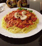 Spaghete cu ciuperci si rosii