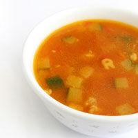 Supa de rosii cu taitei