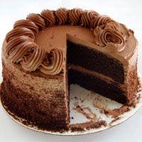 Tort aromat cu crema de ciocolata