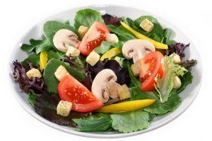 Salata de spanac cu ciuperci