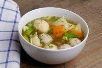 Supa cu galuste (si carne de pui)