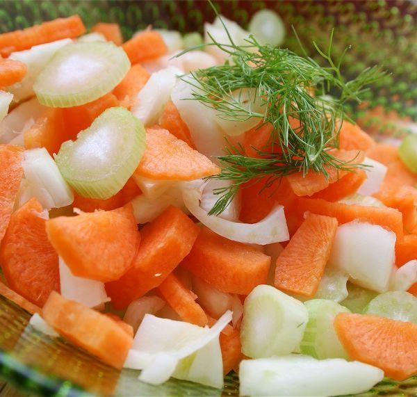 Salată de brânză cu morcovi