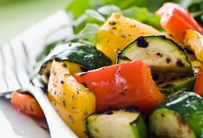 Salată de legume coapte pe grătar
