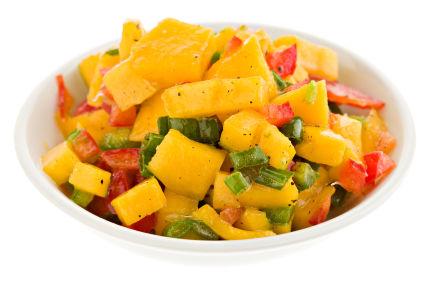 Salată de mango picantă