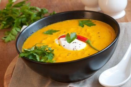 Supă cremă de dovleac cu curry şi ghimbir
