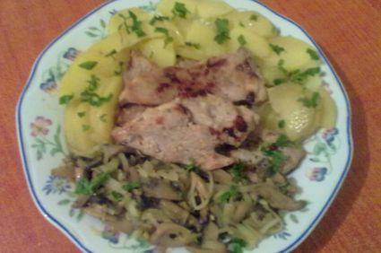 Pulpa de porc cu ciuperci si legume