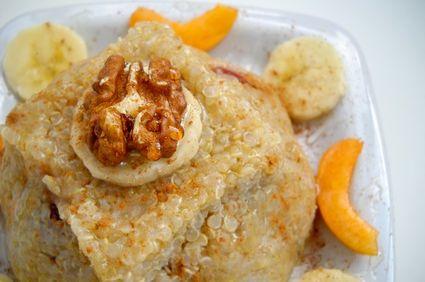 Budincă de quinoa cu nucă