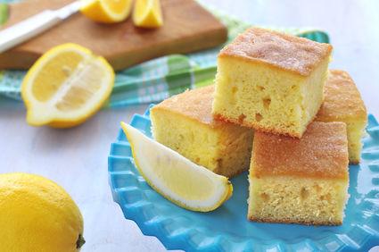 Prăjitură cu lămâie și iaurt