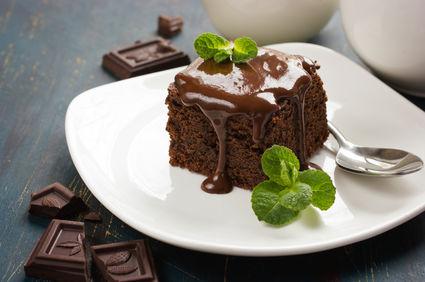 Negresă delicioasă cu glazură de ciocolată. Află ce ingrediente îţi trebuie!