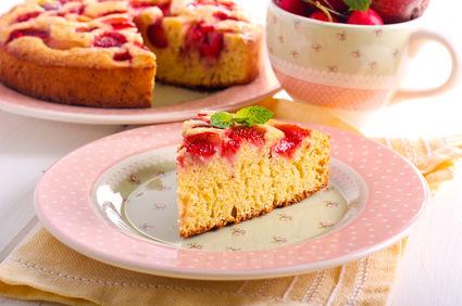 Prăjitură delicioasă cu mălai și lapte bătut