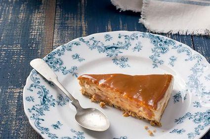 Cheesecake fără coacere cu mascarpone, nucă coaptă şi dulce de leche
