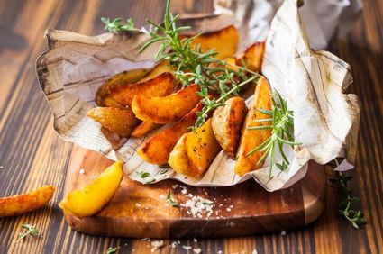 Cartofi pai cu parmezan, la cuptor