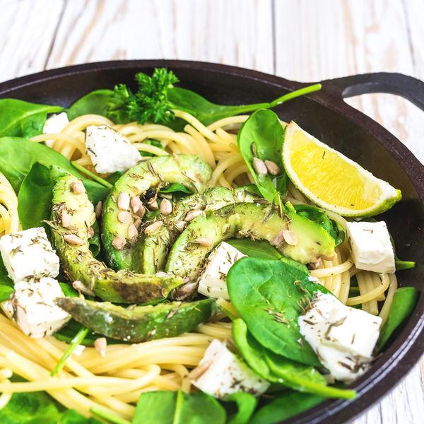 Rețetă ușoară de vară: paste cu avocado