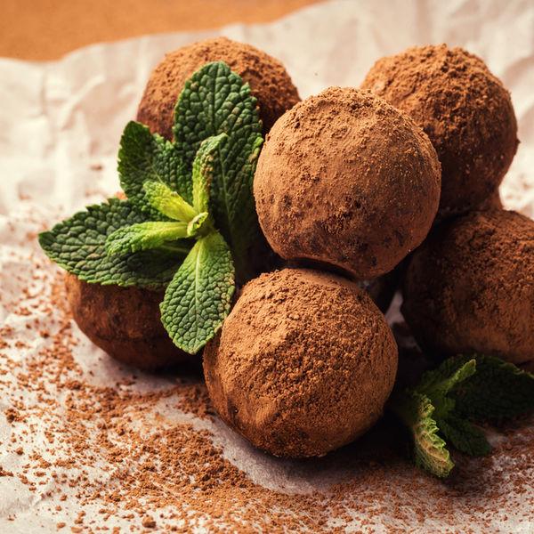 Bomboane raw vegan cu ciocolată și mentă
