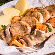 Mușchiuleț de porc cu ciuperci. Va fi mâncarea ta preferată de azi