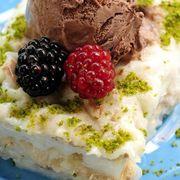 Gullac, un desert turcesc perfect pentru vară