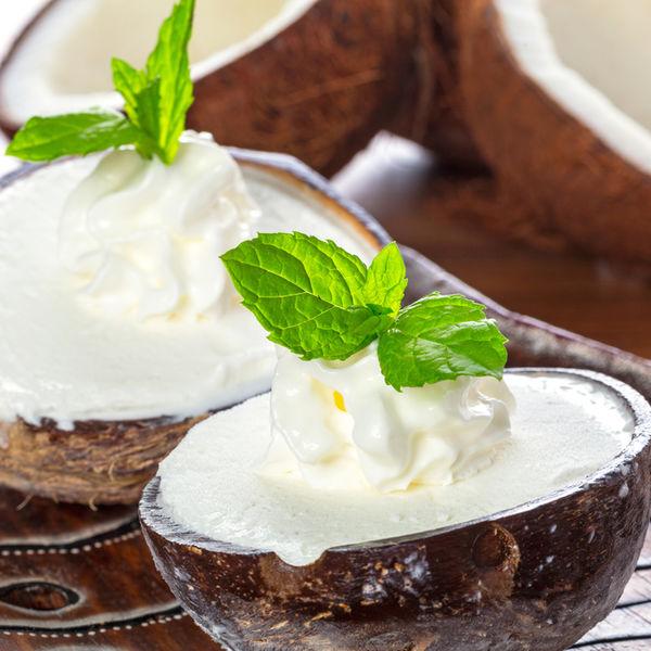 Desert sănătos: Înghețată cu cocos din trei ingrediente