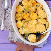 Rețetă italiană: Vinete și dovlecei gratinați, cu mozzarella și parmezan