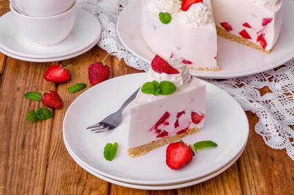 Prăjitură fără coacere cu iaurt